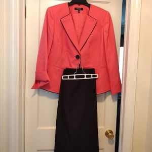 Woman's skirt suit